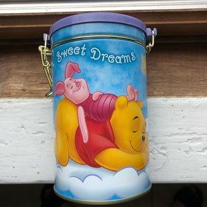 Winnie the Pooh tin